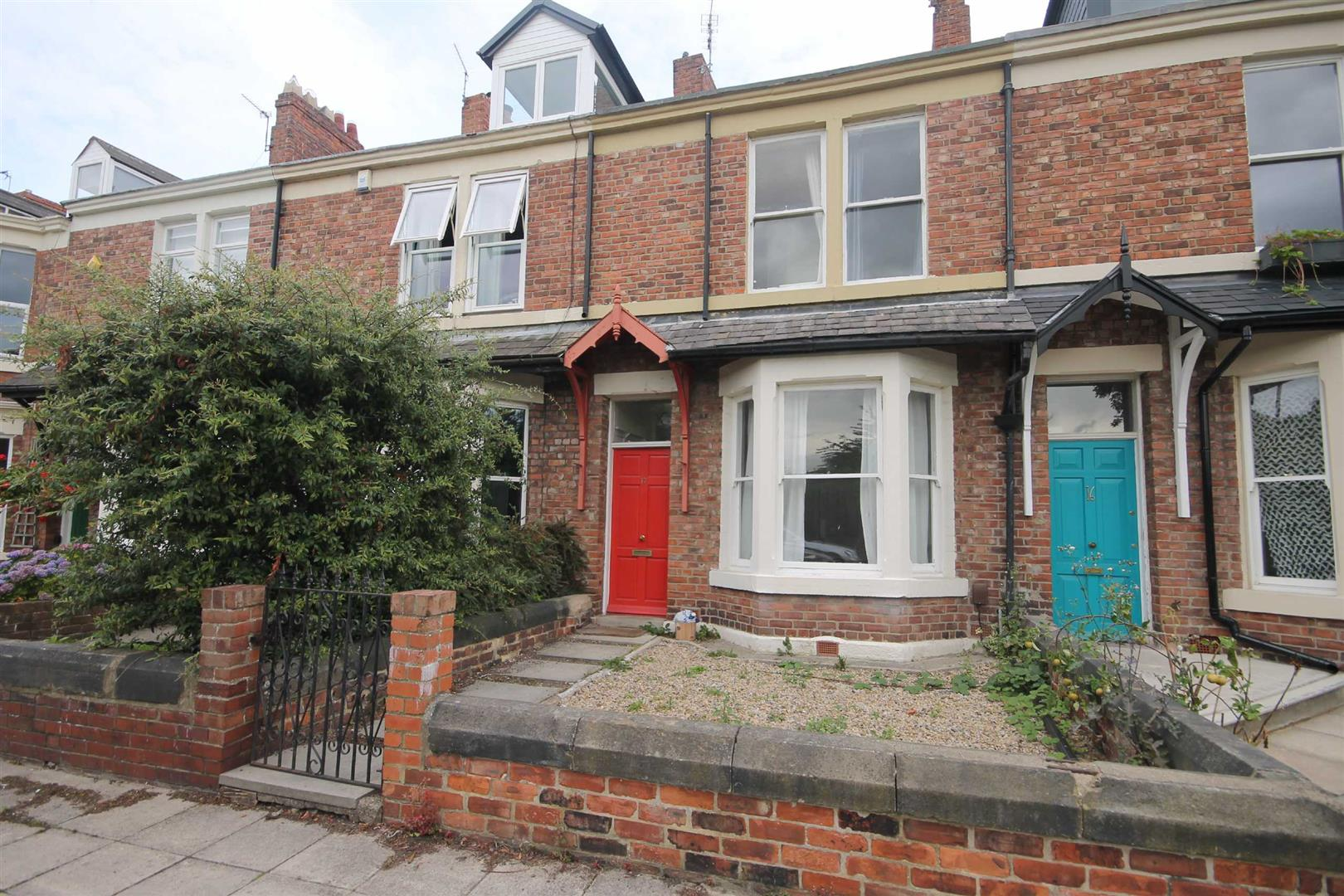 Oxnam Crescent Newcastle Upon Tyne, 5 Bedrooms  House - terraced ,1 Receptions ,For Sale